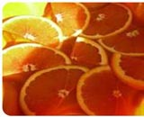 Скибочки апельсина під вершковим кремом (Сантара мітхай)