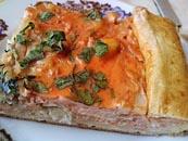Заливний пиріг з капустою і рибою