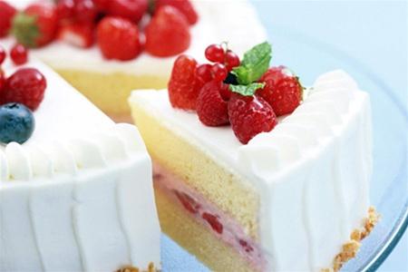 Оздоблювальні напівфабрикати для тістечок і тортів і способи обробки