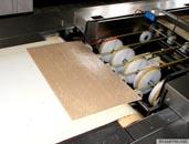 Намазування, різання, упаковка вафельних листів з начинкою.
